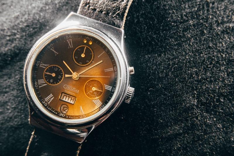 Golden watch sm.jpg