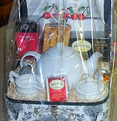 Food and drink silent auction gift baskets