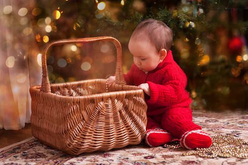 baby_looking_in_basket_small.png