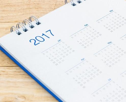 white desk calendar 2017.jpg